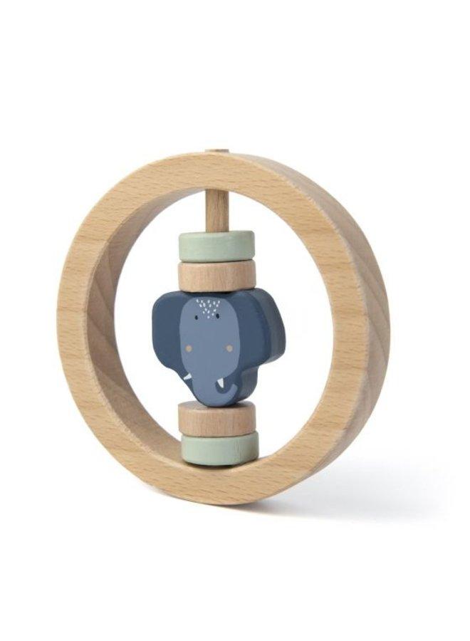 Trixie   houten ronde rammelaar   mrs elephant
