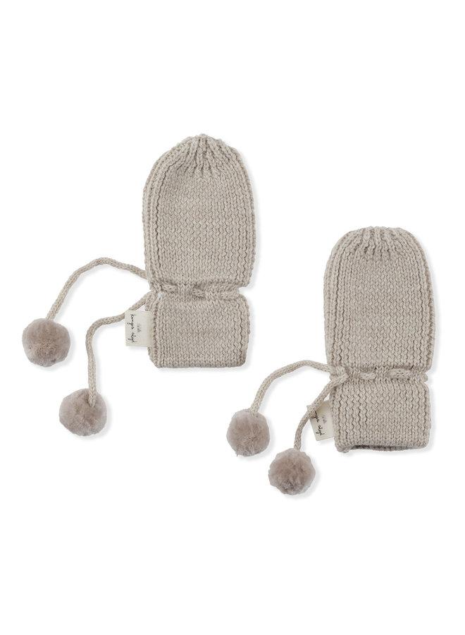 Konges slojd | miro knit mittens | white cream melange