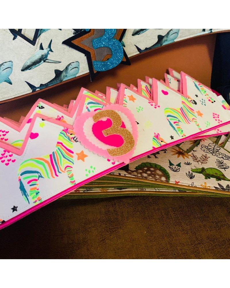 Verjaardagskroon Happy Colors dankzij de naaistudio!