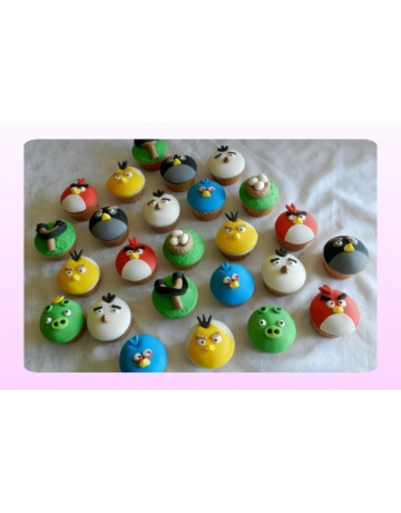 1: Sweet Planet Angrybirds Cupcakes