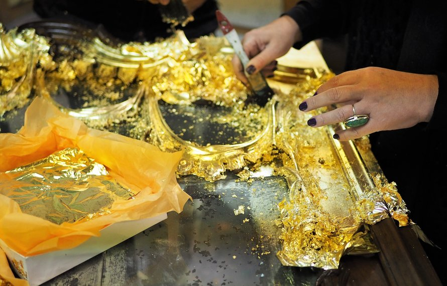 The 10 Commandments of Marie Martin 3: Splurge on Gold!