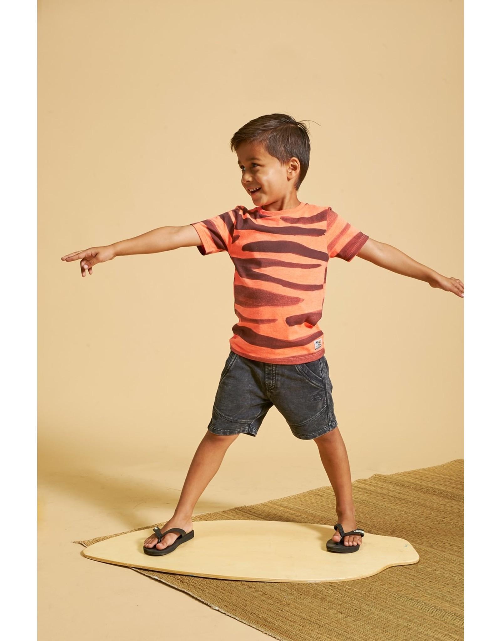 Sturdy T-shirt AOP - Happy Camper. Neon Koraal