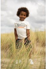 Sturdy T-shirt - Happy Camper. Offwhite