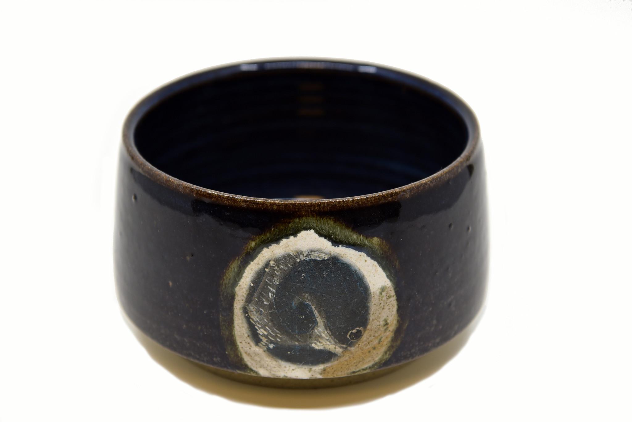 Atelier Caro-K Unieke ambachtelijk gemaakte keramieken schaal -  Atelier Caro-K - Diameter 20 cm