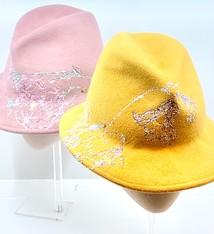 Els Robberechts Unieke haarvilten hoed - Els Robberechts