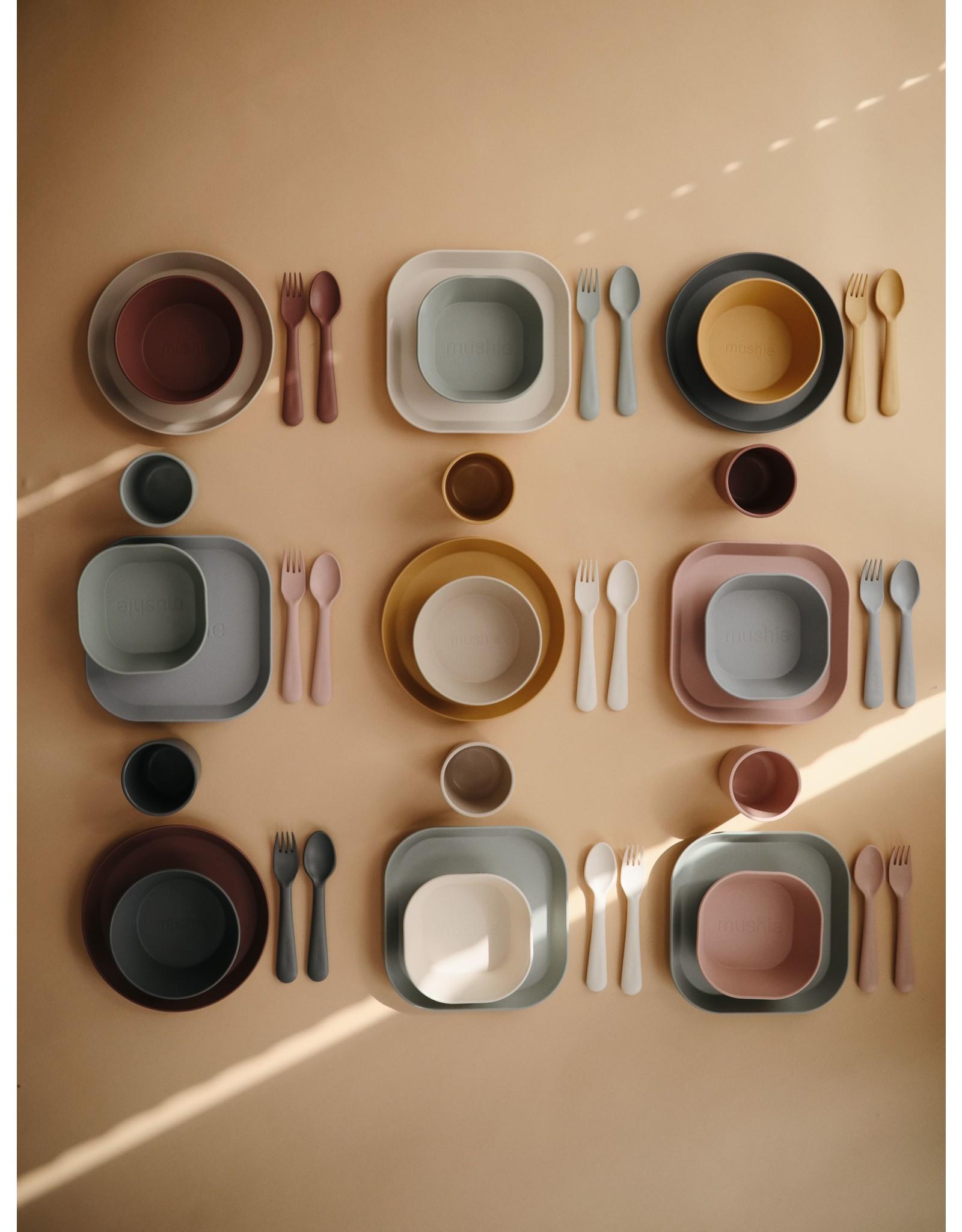Mushie Plates Round Mosterd