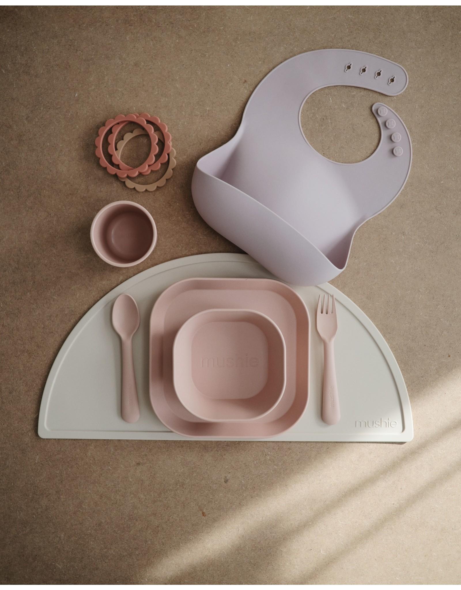 Mushie Plates Square Blush