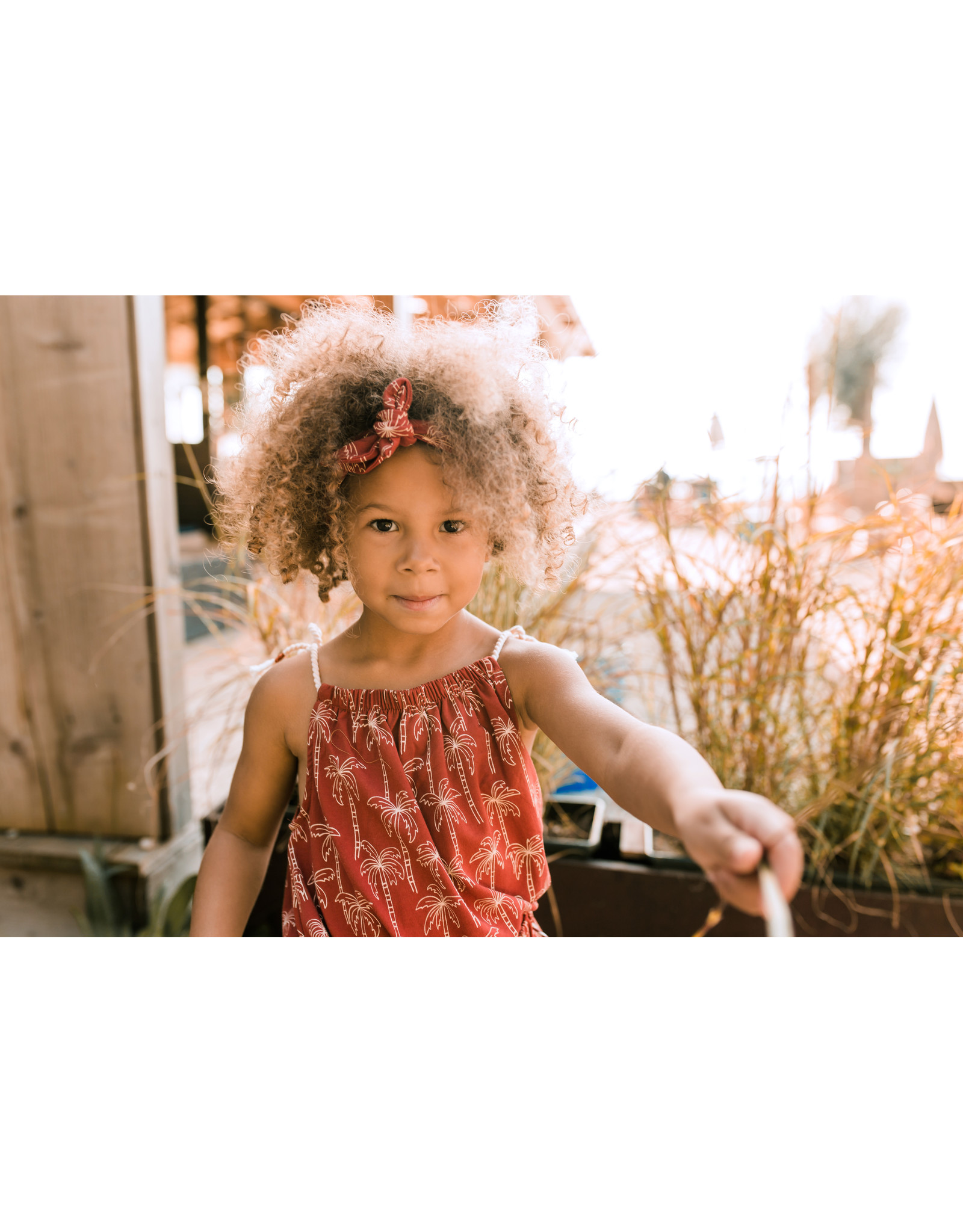 Your Wishes Palmtrees | Summer Singlet Dark Rust