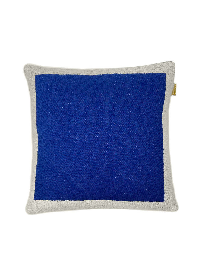Solid knitted poster cushion blue