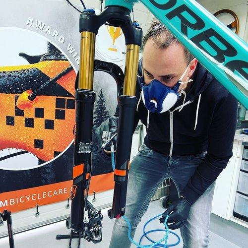 Aanbrengen van Proteam Bicycle Care producten
