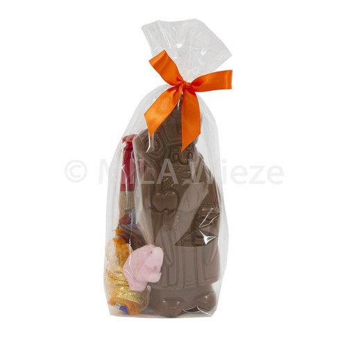 Chocolade Sint 150 gr met snoepgoed van Sinterklaas