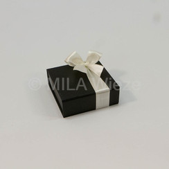Luxe magneetdoos met 9 pralines