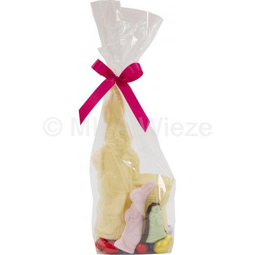 Haas met mand, kleine luxe alu eitjes, fondant suiker en guimauve