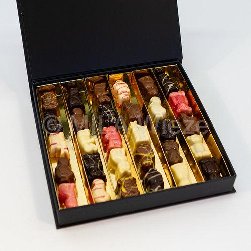 Luxe doos van Sinterklaas gevuld met chocolade zoo diertjes - 6 rijen