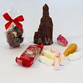 Sinterklaaspakket mica doos vierkant met snoepgoed van Sinterklaas