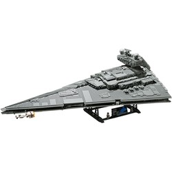 75252 Imperial Star Destroyer™