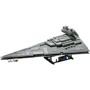 75252 Imperial Star Destroyer™