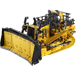42131 Cat® D11 Bulldozer met app-besturing