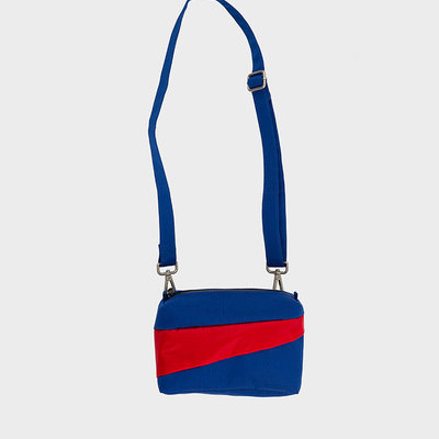 SUSAN BIJL SUSAN BIJL Bum Bag electric blue-redlight