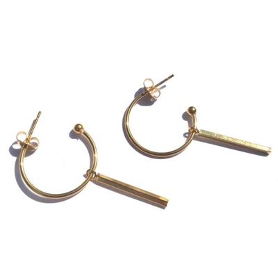 BYBJOR oorbellen Hoop & Bar goud-edelstaal
