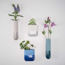 HARM & ELKE HARM & ELKE dip wall vase-short