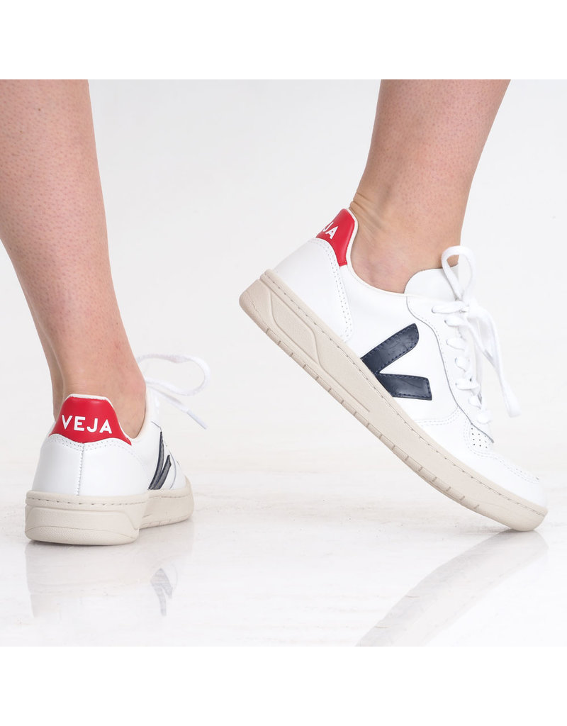 Veja Sneaker V-10 White/N.Pekin
