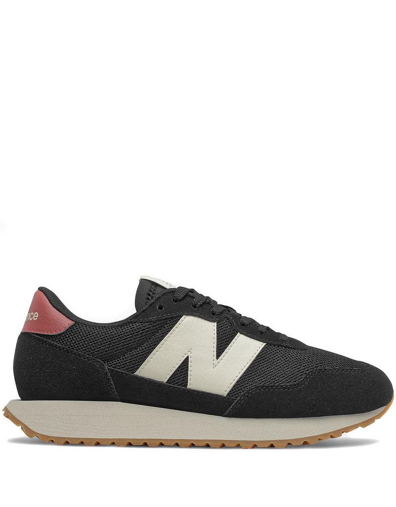 New Balance Sneaker Black w.Henna
