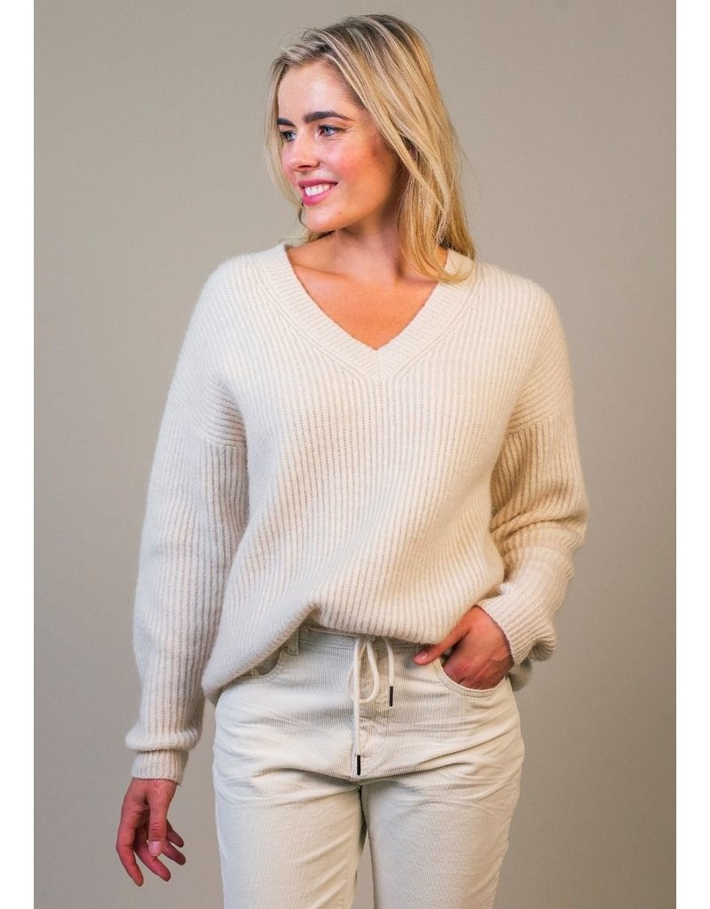 Circle of Trust Pull Emmy knit A.white