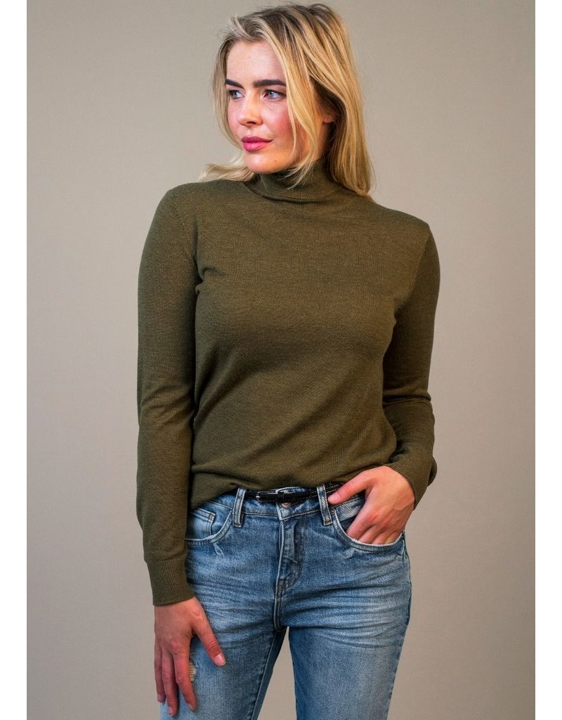 Circle of Trust Top col Avelyn  knit D.army