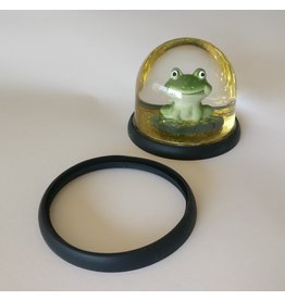 Eline Snel Silicone protection ring for frog meditation snowball