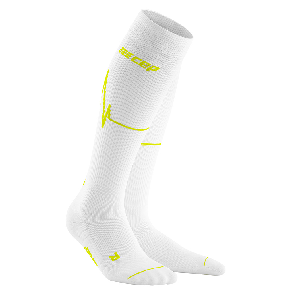 RUN Heartbeat Socks - WOMEN