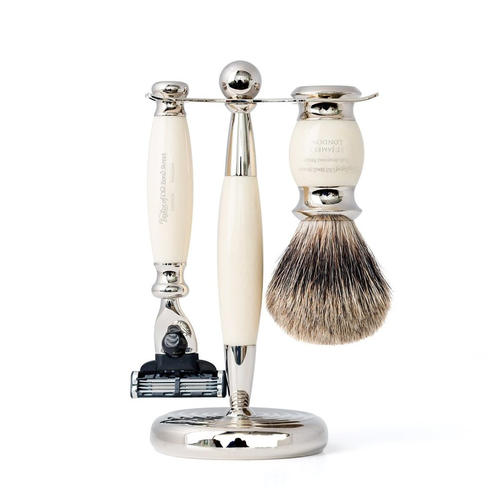 Mach3 - Pure Badger shavingset