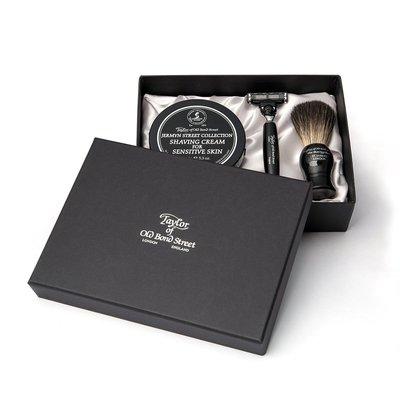 20208 - Pure Badger Shaving Brush, Razor Mach3 & Shavingcream