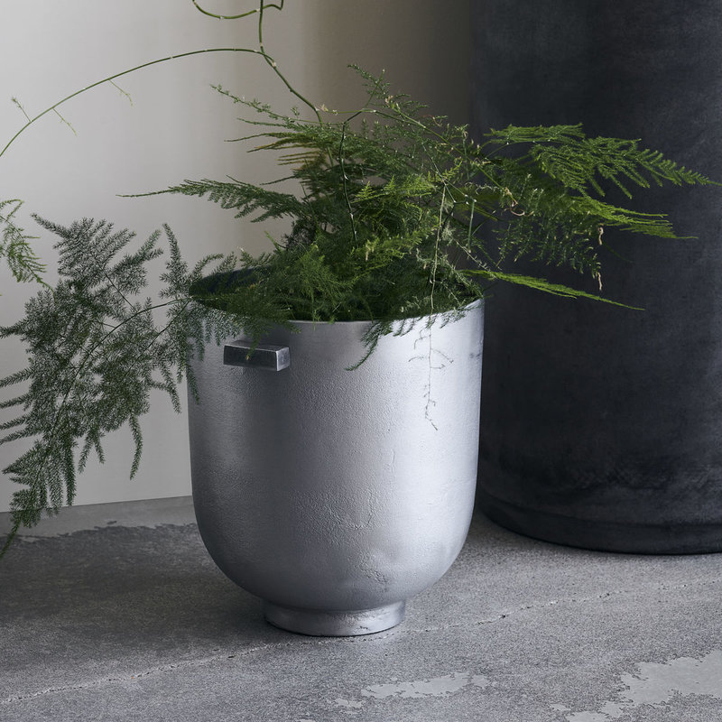House Doctor Planter, Foem, Raw aluminium, Finish/Colour may vary