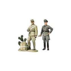 WWII Wehrmacht Officer - W/Africa Corps Tank Crewman - Scale 1/35 - Tamiya - TAM25154