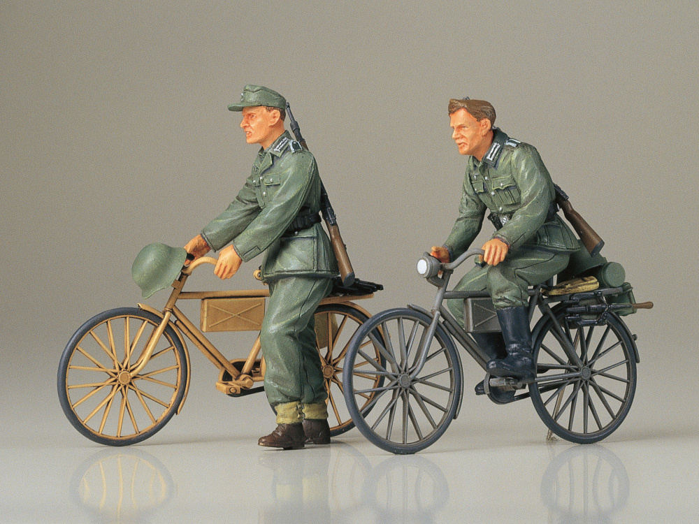 Tamiya German With Bicycles - Scale 1/35 - Tamiya - TAM35240