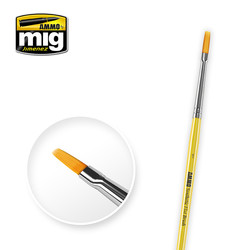 1 Synthetic Flat Brush - A.MIG-8619