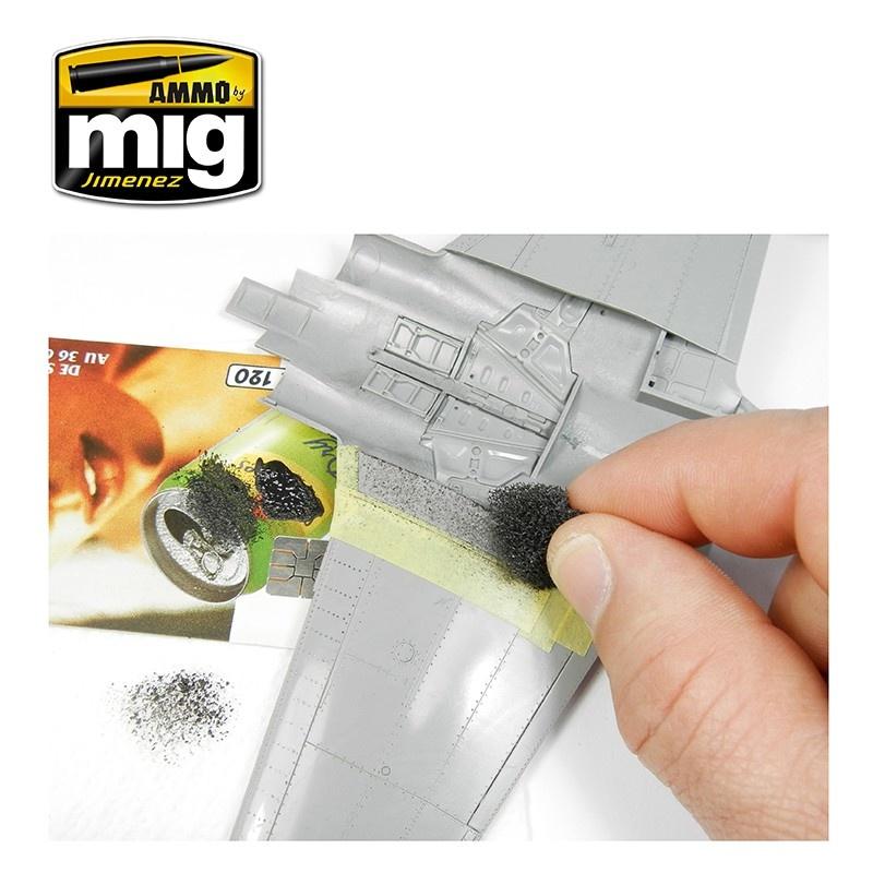 Ammo by Mig Jimenez Anti-Slip Paste - Black Color For 1/72 - Ammo by Mig Jimenez - A.MIG-2034