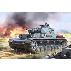 Pz.Kpfw.Iv Ausf.F1 (F1 .Vorpanzer. Schurzen) 3 In 1 - Scale 1/35 - Border Models - BT003
