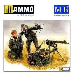 German machinegun crew, Eastern front, Kurland, 1944 - Scale 1/35 - Master Box Ltd - MBLTD3526