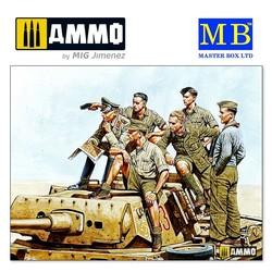 """""""Rommel and German Tank Crew, DAK, WW II era"""" - Scale 1/35 - Masterbox Ltd - MBLTD3561"""
