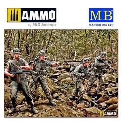 """""""Jungle Patrol, Vietnam War series"""" - Scale 1/35 - Masterbox Ltd - MBLTD3595"""