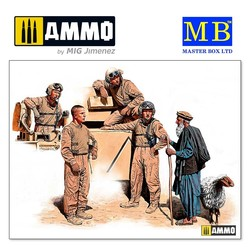 """Modern US tankmen in Afghanistan. """"Can we buy one of your sheep for a BBQ? - Scale 1/35 - Masterbox Ltd - MBLTD35131"""
