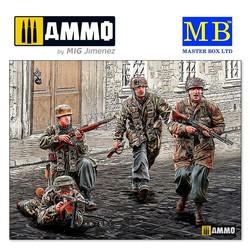 """German Paratroopers. WW II era"" - Scale 1/35 - Masterbox Ltd - MBLTD35145"