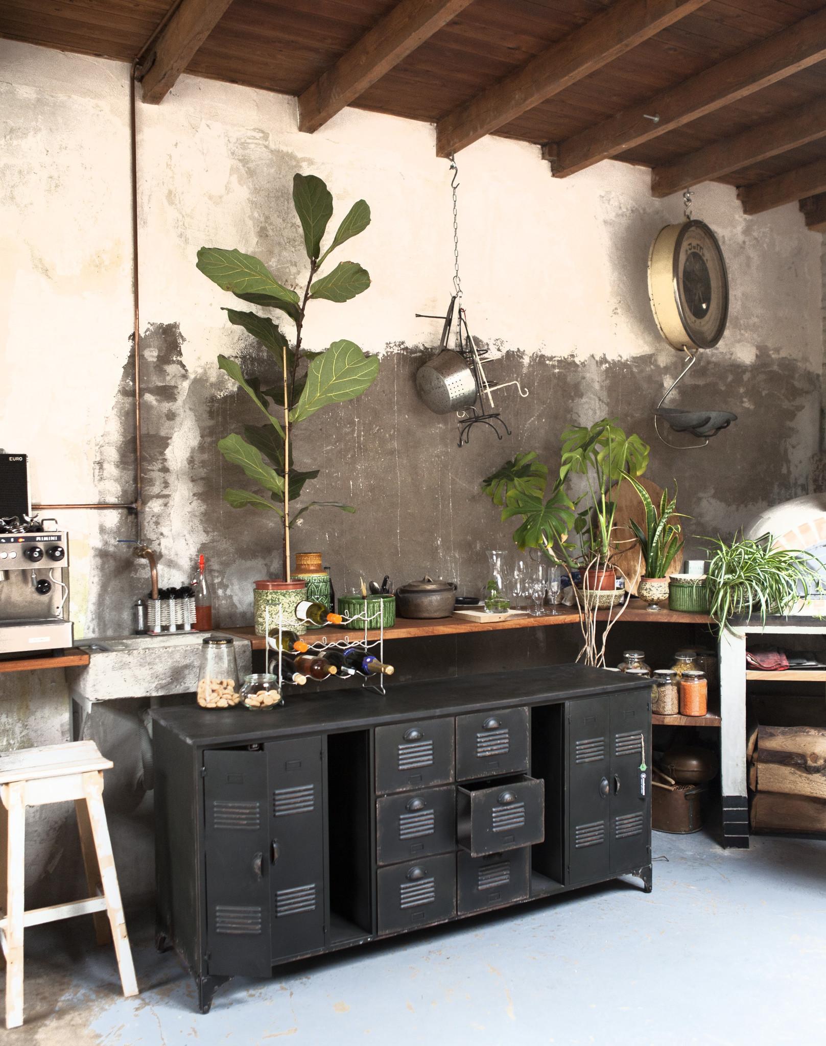 Onderhoud van je metalen meubels