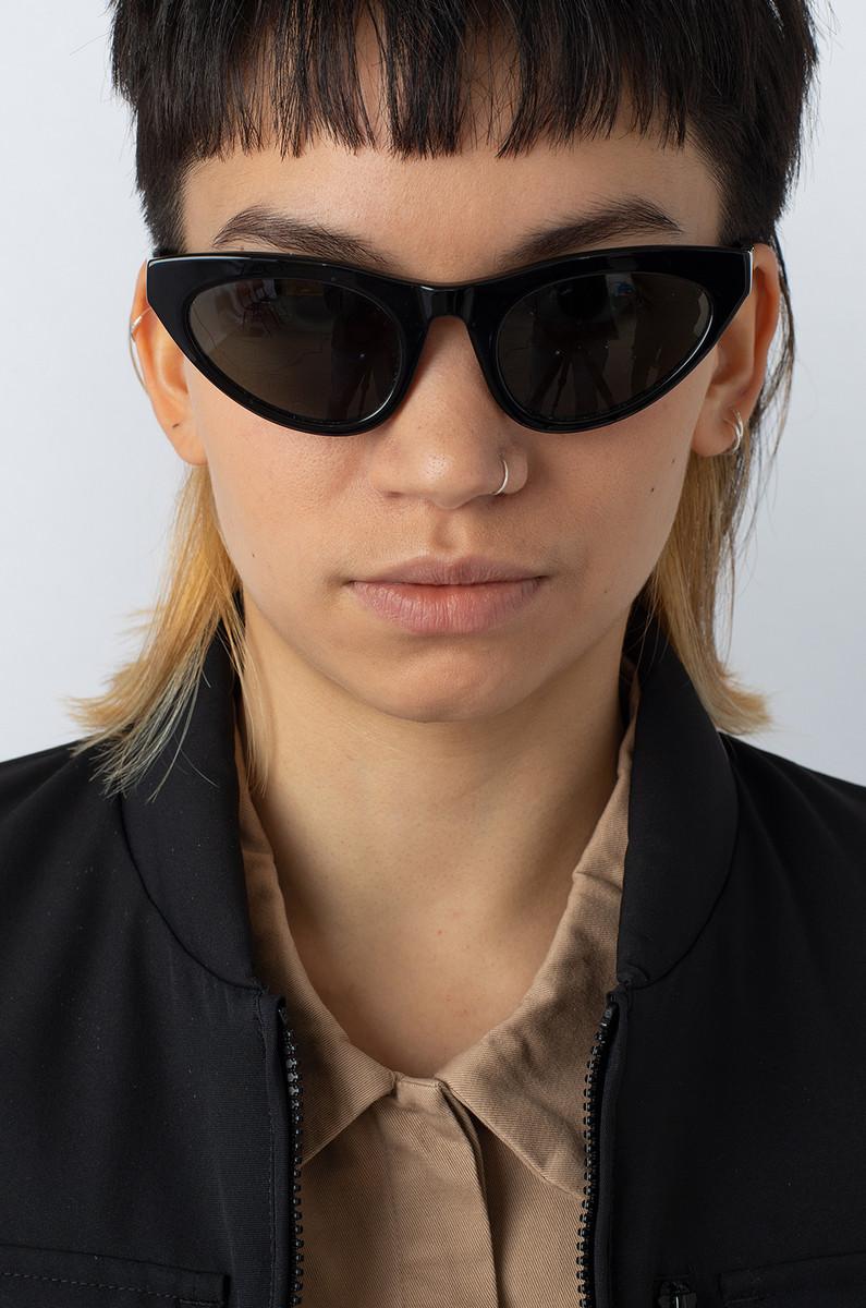 Han Kjobenhavn Han Kjøbenhavn Race Black Sunglasses