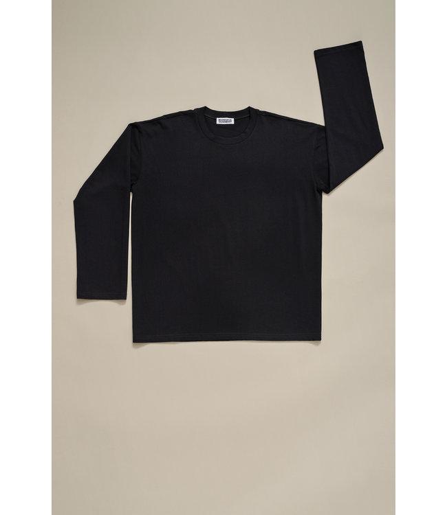 Monique van Heist Sweater 1982 midi black jersey.