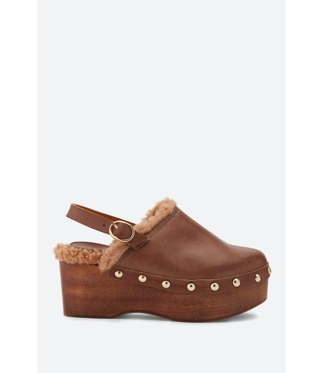 Vanessa Bruno Shoes  Sabot marron.