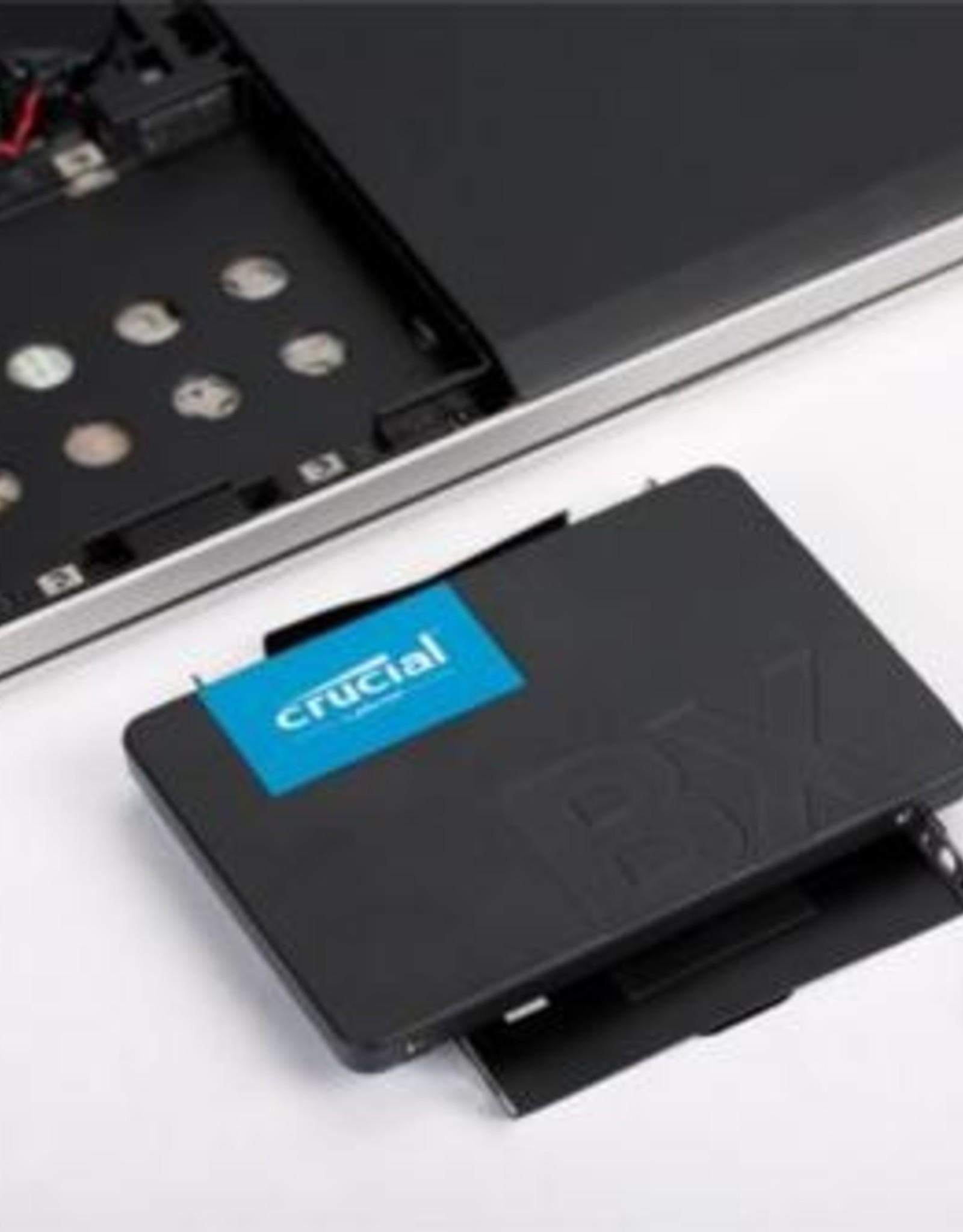 SSD  BX500 120GB 540MB/s Read 500MB/s