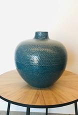 Blauwe keramische vaas